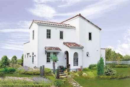 상자를 오려놓은 것처럼 두근두근 하는 새하얀 벽의 집.: 주식회사 인듀어홈 코리아의  주택