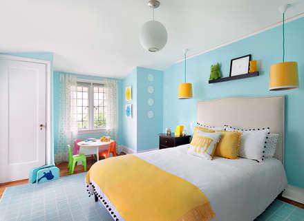 Bedrooms: modern Bedroom by Clean Design