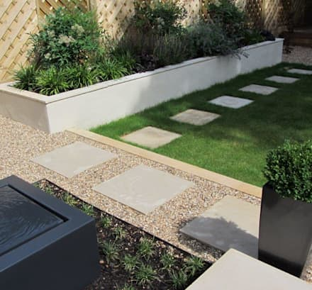 Low Maintenance Garden: Modern Garden By Christine Wilkie Garden Design