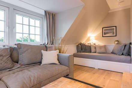 sanierung design einer ferienwohnung landhausstil wohnzimmer von home staging sylt gmbh - Landhausstil Wohnzimmer