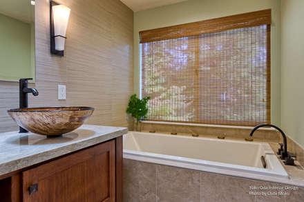 Yoko Oda Interior Design - Zen Bathroom - Interior 8: asiatische Badezimmer von Chibi Moku