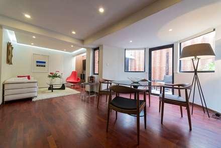 Apartamento 8E: Comedores de estilo moderno por Objetos DAC