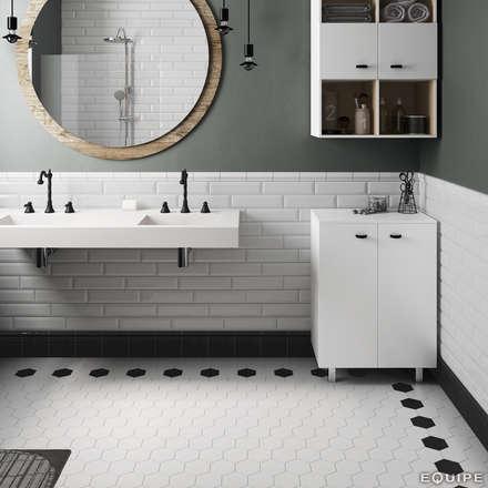Scale White, Black 11,6x10,1: Baños de estilo moderno de Equipe Ceramicas