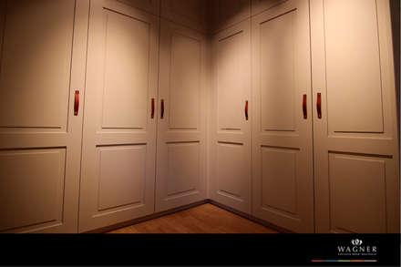 Ankleidezimmer: klassische Ankleidezimmer von Wagner Möbel Manufaktur