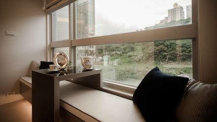 BRAVO INTERIOR DESIGN & DECO    KUAN STYLE:  窗戶與門 by 璞碩室內裝修設計工程有限公司