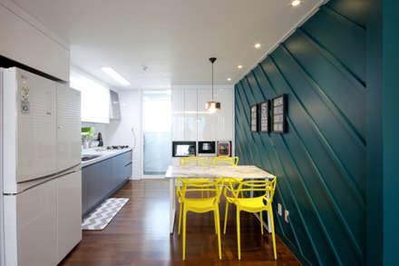 전주인테리어 디자인투플라이 프로젝트 - 전주 효자동 휴먼시아 아이린 아파트: 디자인투플라이의  다이닝 룸