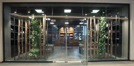 Флористический салон на Новорижском шоссе (Рига Молл): Офисы и магазины в . Автор – Дизайн бюро Татьяны Алениной