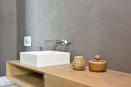 BASIS CARA NOBLO: modernes Spa von edelundstein GmbH