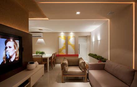 SALA DE ESTAR: Salas de estar modernas por Matheus Menezes Arquiteto