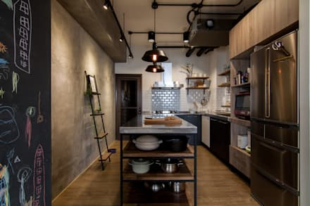 industrial Kitchen by 珞石設計 LoqStudio
