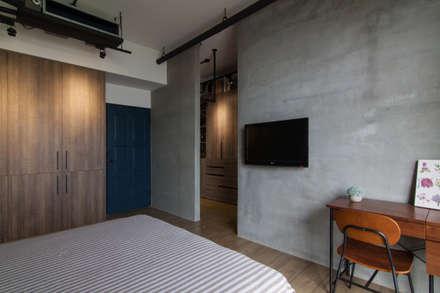 HWH house:  臥室 by 珞石設計 LoqStudio
