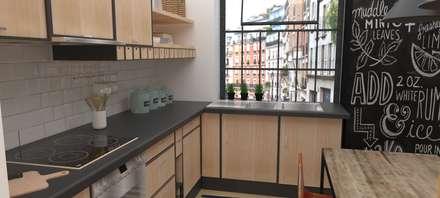 Cocina pequeña estilo IKEA: Cocinas de estilo industrial de EMS interiorismo