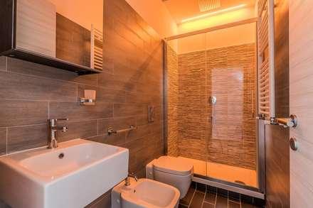 Bagno idee immagini e decorazione homify - Bagno piccolo con doccia ...