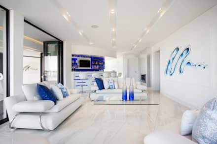 ULTRA MODERN RESIDENCE: modern Living room by FRANCOIS MARAIS ARCHITECTS