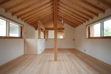 東広瀬の家: 神谷建築スタジオが手掛けた子供部屋です。