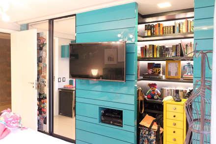 Apartamento Del Valle: Quartos  por Nogueira Arquitetura e Interiores