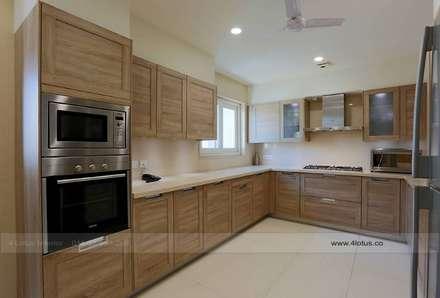 rustikale Küche von 4 Lotus Interior