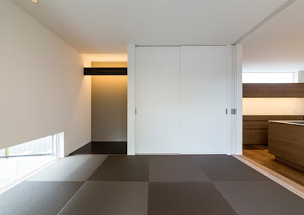 modern Media room by 中村建築研究室 エヌラボ(n-lab)