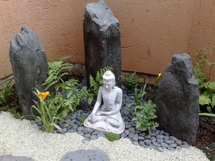 WIGGILL : asian Garden by Japanese Garden Concepts