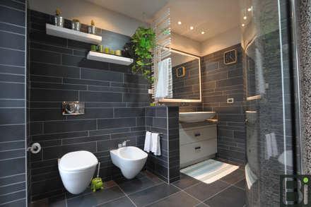 industrial Bathroom by PROGETTO Bi
