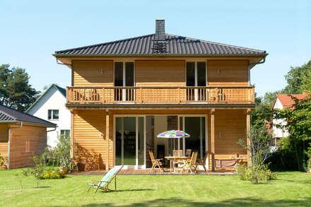 Haus Strausberg I+II: klassische Häuser von Müllers Büro