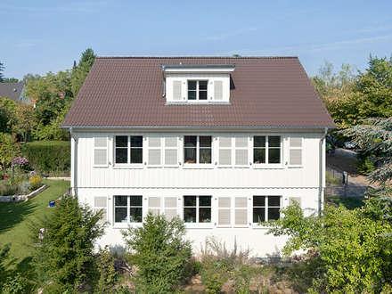 Haus Zehlendorf: klassische Häuser von Müllers Büro