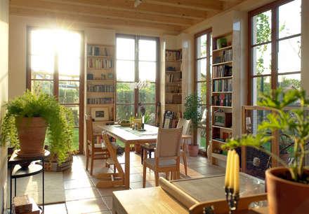 Haus Weißensee: klassische Esszimmer von Müllers Büro