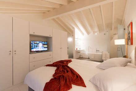 CasadaLila: Casas de banho minimalistas por studioarte