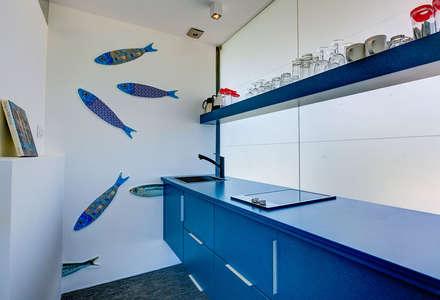 : Cozinhas modernas por studioarte