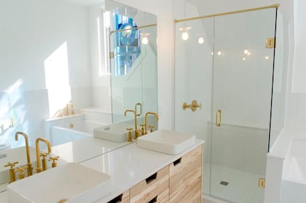 New Edinburgh Renovations: scandinavian Bathroom by Jane Thompson Architect