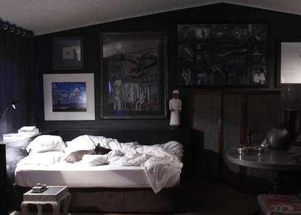rustic Bedroom by David Strauss Interiors