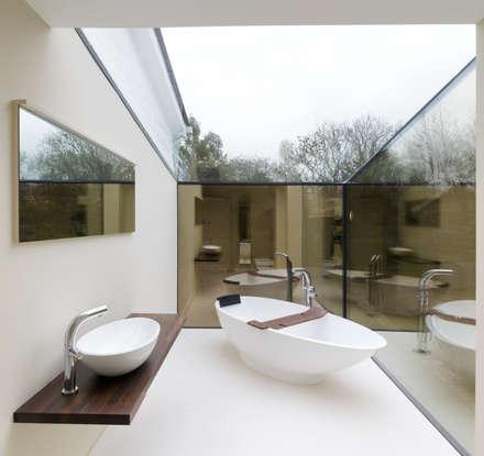 Internal photo: modern Bathroom by Trombe Ltd