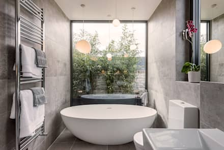 Stonechat Mews Roehampton : modern Bathroom by The Crawford Partnership