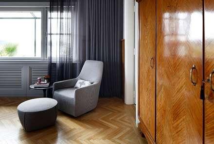 AA HOUSE EMIRGAN: mediterranean Bedroom by Esra Kazmirci Mimarlik