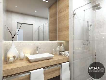 Jasna łazienka z dodatkami drewna: styl , w kategorii Łazienka zaprojektowany przez MONOstudio