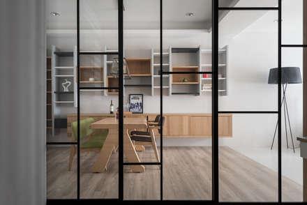 台中福雅路:  窗戶與門 by 思維空間設計