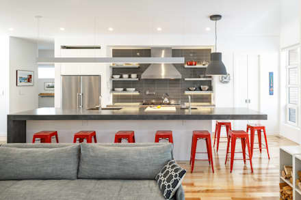 Wavell: modern Kitchen by Linebox Studio