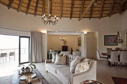 African dream: classic Living room by House of Decor