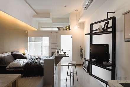 Oficinas de estilo minimalista por 禾光室內裝修設計 ─ Her Guang Design