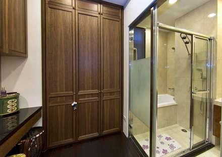 綠意簇擁的新古典宅:  更衣室 by 錠揚設計有限公司