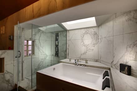 Washroom Section: eclectic Bathroom by DCA Architects