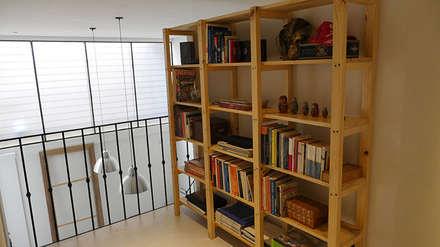 Biblioteca: Estudios y oficinas de estilo clásico por Isabel Amiano Arquitectura