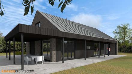Schuurwoning Meppel: minimalistische Huizen door Koezen Architecten