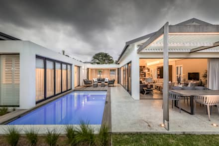 Umhlanga Manors: modern Houses by Sphere Design & Architecture