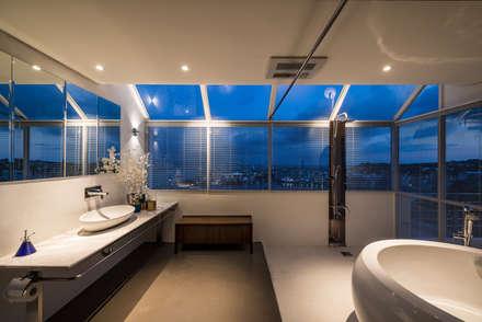 Bathroom:  浴室 by 鄭士傑室內設計