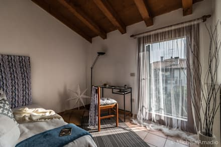 Casa Coccola - Home Staging a Treviso: Stanza dei bambini in stile in stile Rustico di MICHELA AMADIO - Valorizza e Vendi