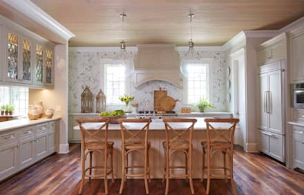 Brick and Stone Cottage : country Kitchen by Christopher Architecture & Interiors