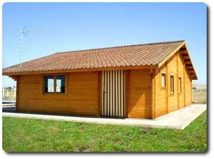 rustikale Häuser von Soluciones Ecologicas Vidanatural