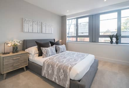 Station Rd, New Barnet: industrial Bedroom by Jigsaw Interior Architecture