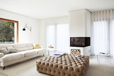 Zona giorno, Soggiorno: Soggiorno in stile in stile Moderno di Moretti MORE